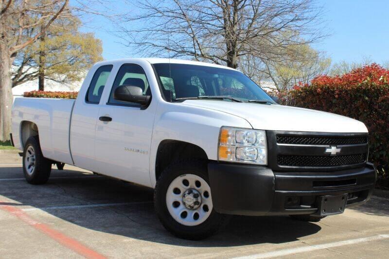 2007 Chevrolet Silverado 1500 for sale at DFW Universal Auto in Dallas TX