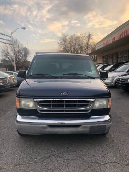 2002 Ford E-Series Wagon for sale at Trans Atlantic Motorcars in Philadelphia PA