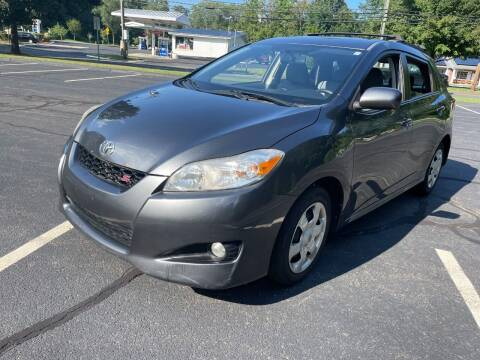 2010 Toyota Matrix for sale at Volpe Preowned in North Branford CT