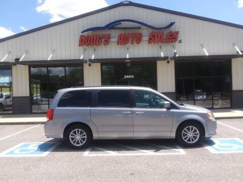 2016 Dodge Grand Caravan for sale at DOUG'S AUTO SALES INC in Pleasant View TN