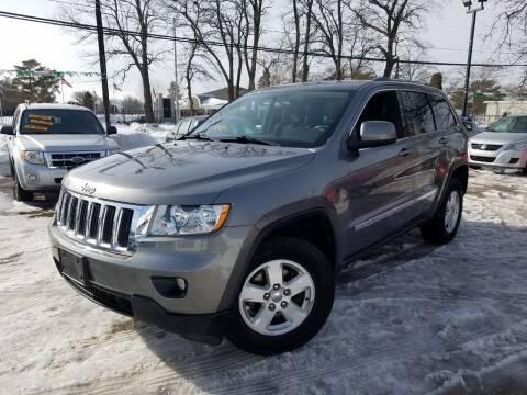 2011 Jeep Grand Cherokee for sale at RBM AUTO BROKERS in Alsip IL