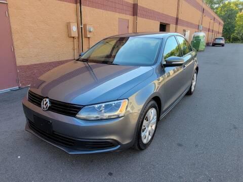 2011 Volkswagen Jetta for sale at Fleet Automotive LLC in Maplewood MN
