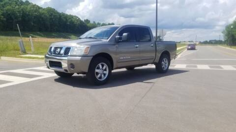 2006 Nissan Titan for sale at Tennessee Valley Wholesale Autos LLC in Huntsville AL
