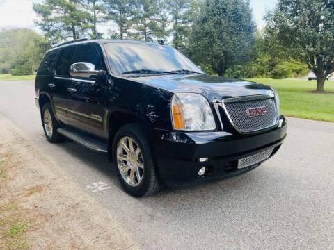2013 GMC Yukon for sale at H&C Auto in Oilville VA