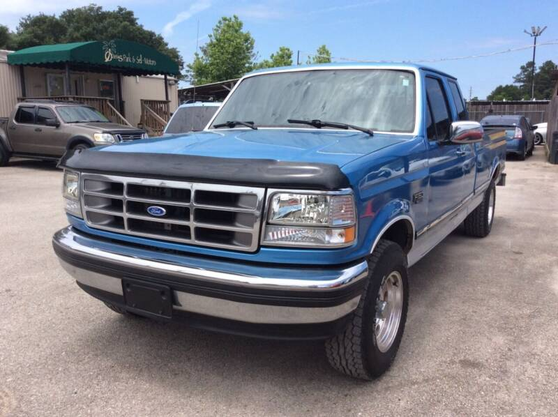 1992 Ford F-150 for sale at OASIS PARK & SELL in Spring TX