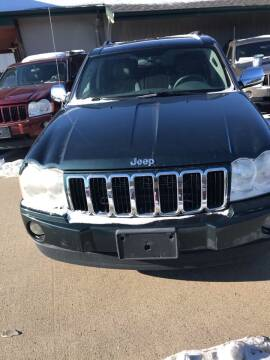 2005 Jeep Grand Cherokee for sale at El Rancho Auto Sales in Marshall MN