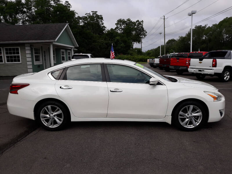 2013 Nissan Altima for sale at Feduke Auto Outlet in Vestal NY