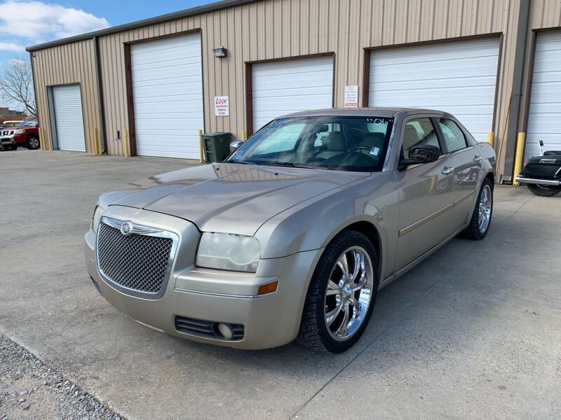 2006 Chrysler 300 for sale at Bayou Motors Inc in Houma LA
