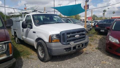 2006 Ford F-350 Super Duty for sale at C.J. AUTO SALES llc. in San Antonio TX