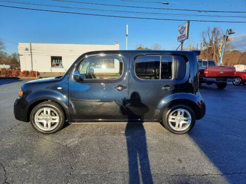 2011 Nissan cube for sale at G AND J MOTORS in Elkin NC