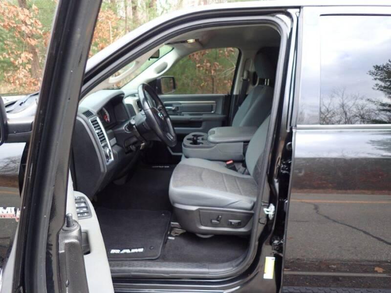 2015 RAM Ram Pickup 1500 4WD Quad Cab 140.5' Big Horn - Storrs CT