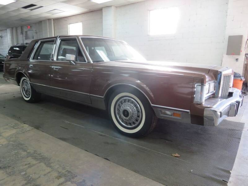 1987 Lincoln Town Car for sale at US Auto in Pennsauken NJ