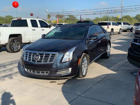 2014 Cadillac XTS for sale at A & V MOTORS in Hidalgo TX