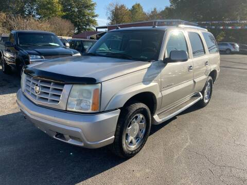 2004 Cadillac Escalade for sale at Sartins Auto Sales in Dyersburg TN