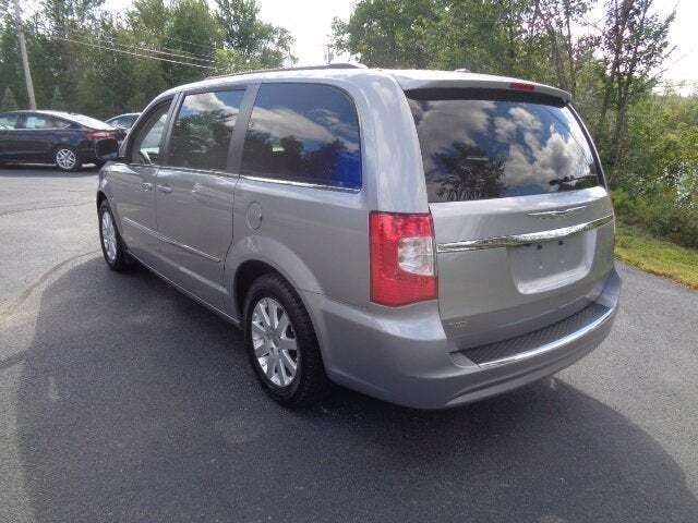 2016 Chrysler Town and Country Touring 4dr Mini-Van - Lancaster NH