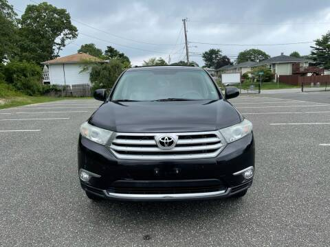 2011 Toyota Highlander for sale at American Best Auto Sales in Uniondale NY