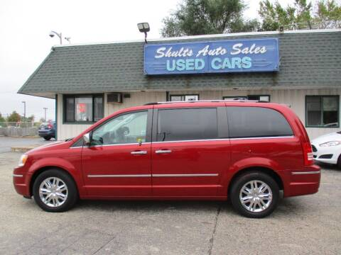 2008 Chrysler Town and Country for sale at SHULTS AUTO SALES INC. in Crystal Lake IL