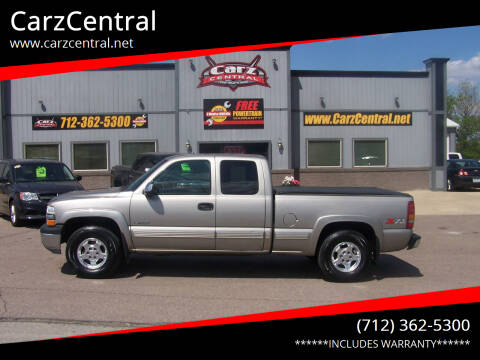 2002 Chevrolet Silverado 1500 for sale at CarzCentral in Estherville IA