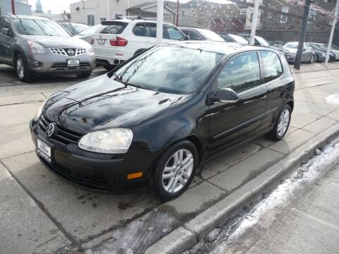2007 Volkswagen Rabbit for sale at CAR CENTER INC in Chicago IL