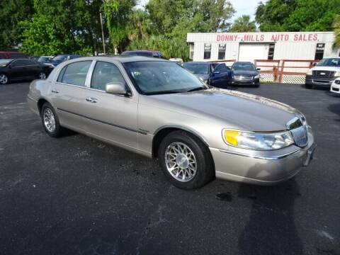 2001 Lincoln Town Car for sale at DONNY MILLS AUTO SALES in Largo FL
