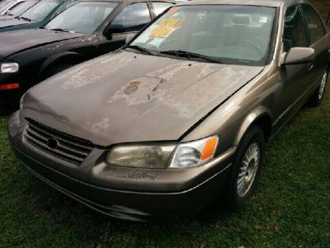 1998 Toyota Camry for sale at Ody's Autos in Houston TX