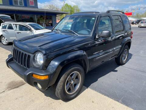 2004 Jeep Liberty for sale at Wise Investments Auto Sales in Sellersburg IN