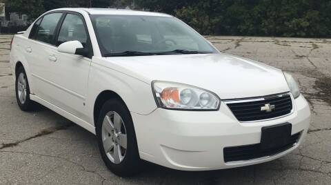 2006 Chevrolet Malibu for sale at Square Business Automotive in Milwaukee WI