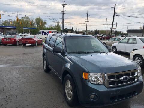 2010 Ford Escape for sale at Drive Max Auto Sales in Warren MI