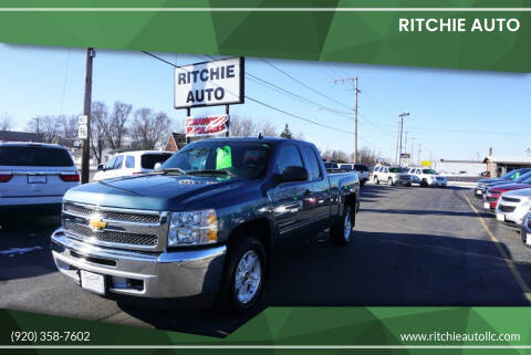 2013 Chevrolet Silverado 1500 for sale at Ritchie Auto in Appleton WI