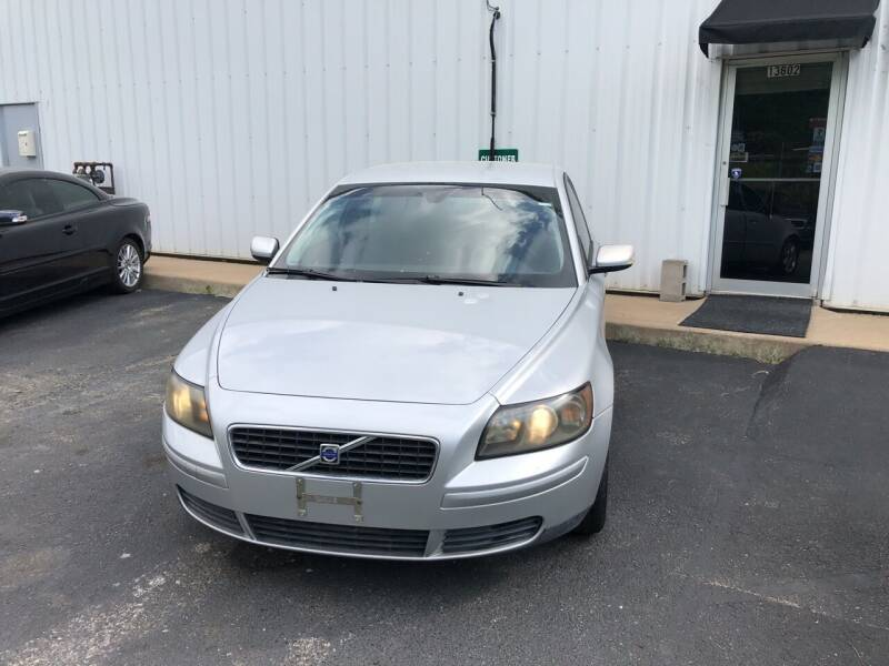 2006 Volvo S40 for sale at UNIVERSITY FOREIGN CAR LLC in Bridgeton MO