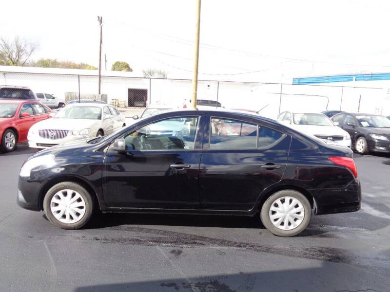 2015 Nissan Versa for sale at Cars Unlimited Inc in Lebanon TN
