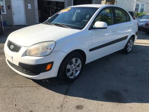 2006 Kia Rio for sale at Global Auto Finance & Lease INC in Maywood IL