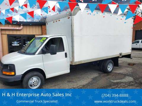 2012 Chevrolet Express Cutaway for sale at H & H Enterprise Auto Sales Inc in Charlotte NC