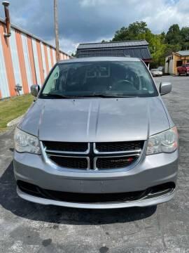 2013 Dodge Grand Caravan for sale at Country Auto Sales Inc. in Bristol VA