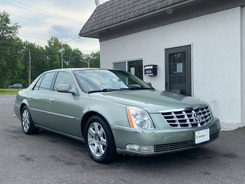 2007 Cadillac DTS for sale at Vantage Auto Group in Tinton Falls NJ