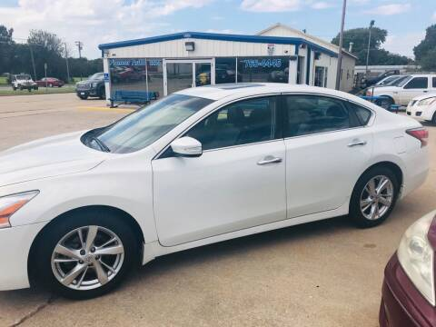 2015 Nissan Altima for sale at Pioneer Auto in Ponca City OK