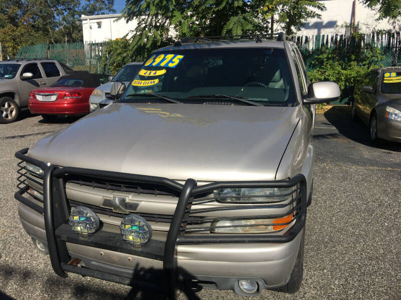 2005 Chevrolet Tahoe for sale at King Auto Sales INC in Medford NY