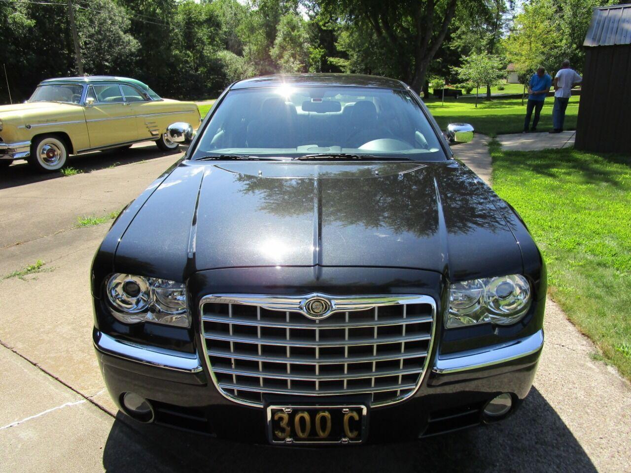 2006 Chrysler 300 3