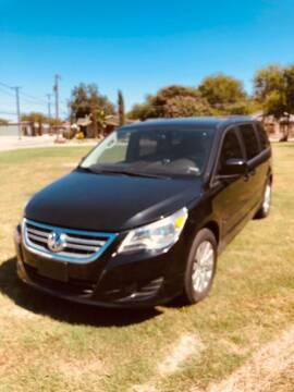 2012 Volkswagen Routan for sale at Carzready in San Antonio TX