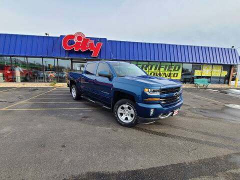2018 Chevrolet Silverado 1500 for sale at CITY SELECT MOTORS in Galesburg IL