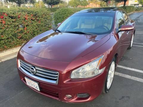 2012 Nissan Maxima for sale at Fiesta Motors in Winnetka CA