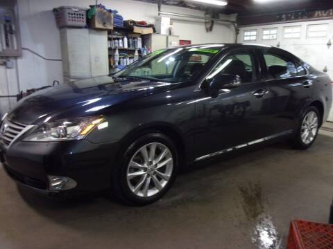 2010 Lexus ES 350 for sale at Ideal Auto Sales, Inc. in Waukesha WI