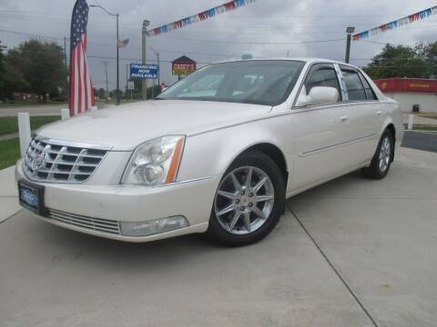 2011 Cadillac DTS for sale at Blue Arrow Motors in Coal City IL