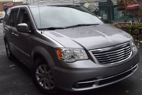 2015 Chrysler Town and Country for sale at VNC Inc in Paterson NJ
