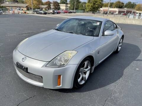 2006 Nissan 350Z for sale at MATHEWS FORD in Marion OH
