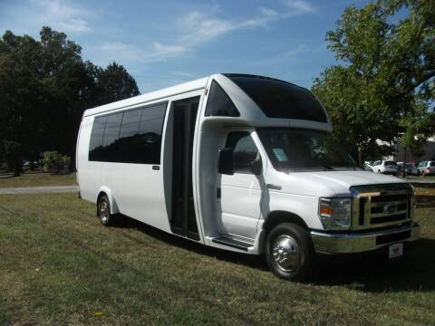 2019 Embassy Ford E450 Executive E275 for sale at Classic Bus Sales LLC in Lake City GA