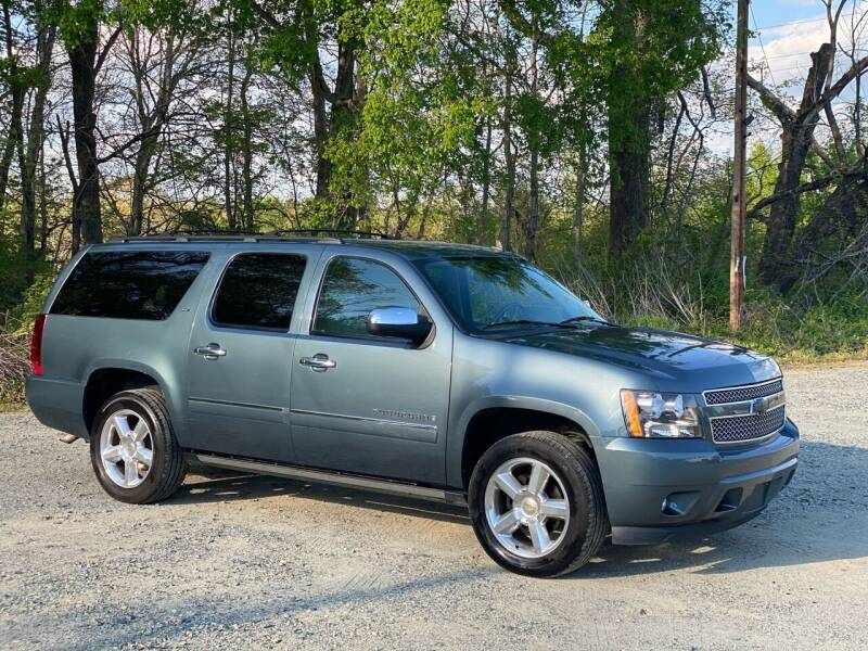 2009 Chevrolet Suburban for sale at Charlie's Used Cars in Thomasville NC