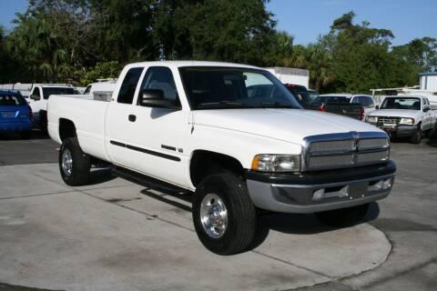 2001 Dodge Ram Pickup 2500 for sale at Mike's Trucks & Cars in Port Orange FL