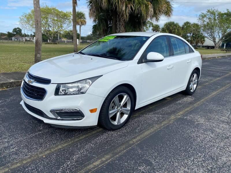 2015 Chevrolet Cruze for sale at Lamberti Auto Collection in Plantation FL