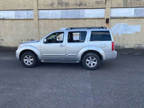 2010 Nissan Pathfinder for sale at BT Mobility LLC in Wrightstown NJ